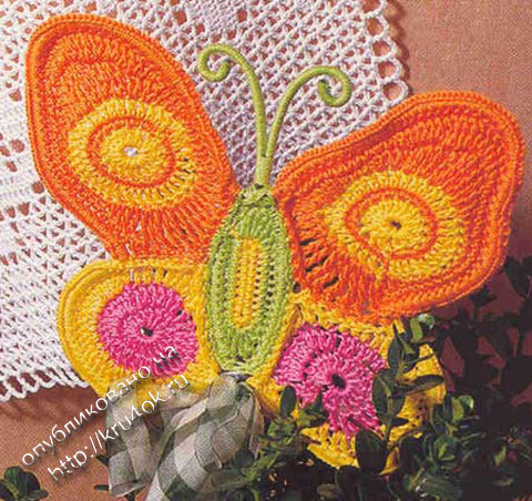 цветная бабочка крючком фото