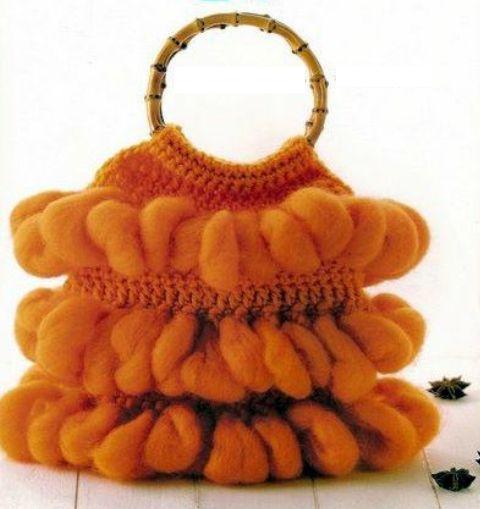 в виде фруктов вязаная сумка и кошелек.