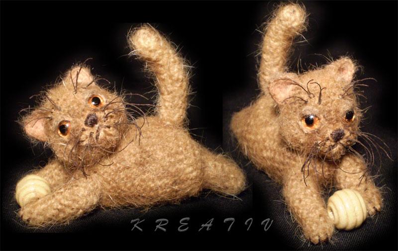 Кот крючком