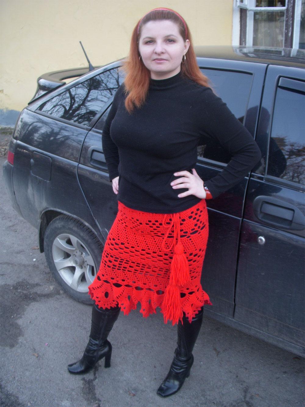 Красная юбка, связанная крючком - работа Оксаны Орленко
