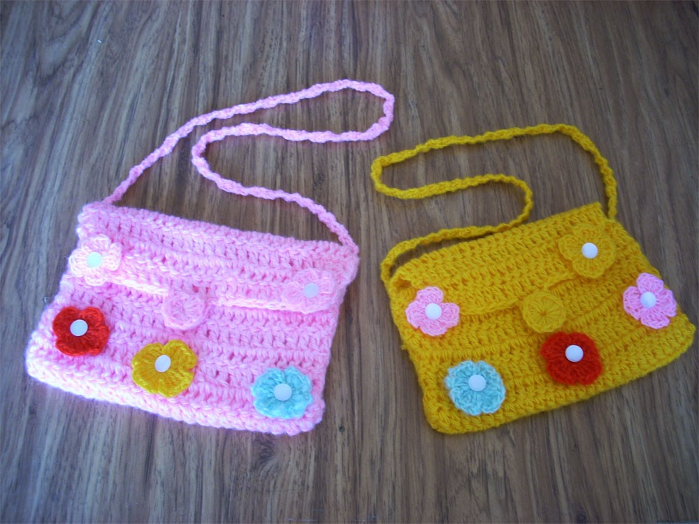 Вязаные детские сумочки
