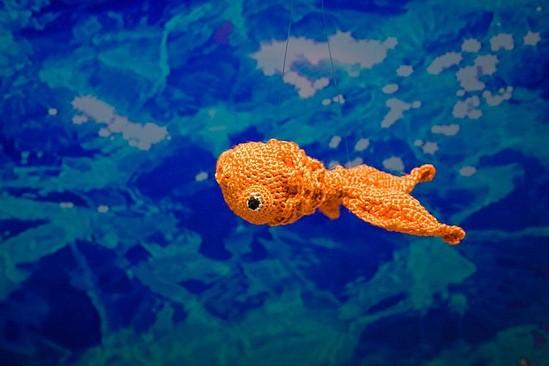 Амигуруми золотая рыбка