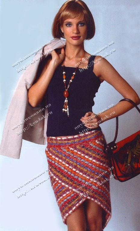 Разноцветная юбка, вязанная крючком