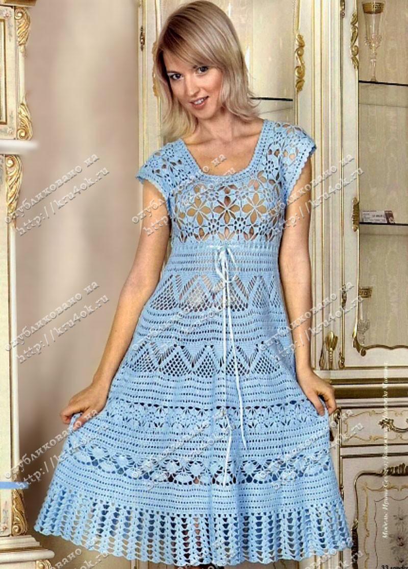 Описание: Голубое платье, связанное крючком.