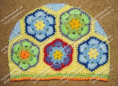 Схемы африканского цветка.  Первую Светлана использовала для вязания грелки, а вторая может кому пригодится для пледа.