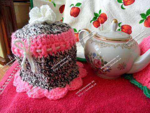 Вязаная грелка на чайник