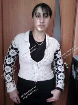 Жакет с ажурными рукавами