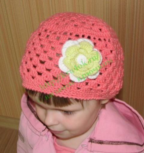шапка с цветком, вязаные шапочки