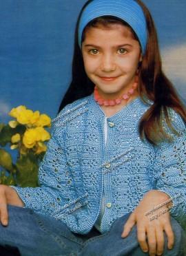 Голубая кофточка для девочки