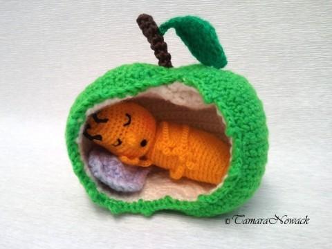 Яблочный червячок