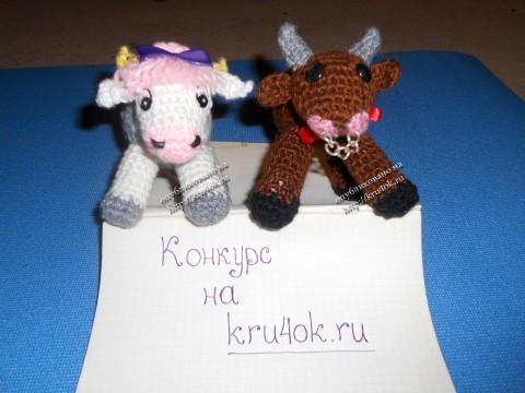 вязаная игрушка коровка