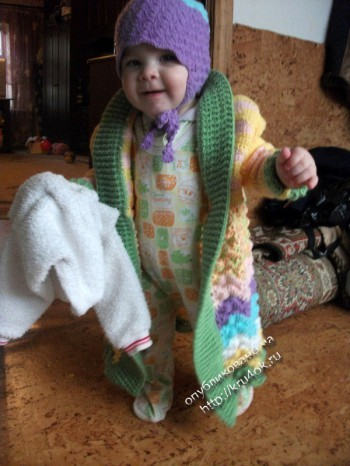 Детское пальто, связанной. работа Александры.  Размер пальто: 1-2 года. крючком.
