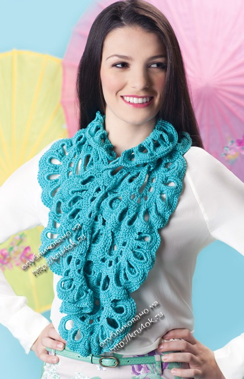шарф из вееров ,связанный