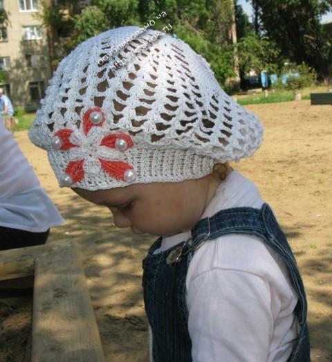 Летний беретик для девочки связанный крючком