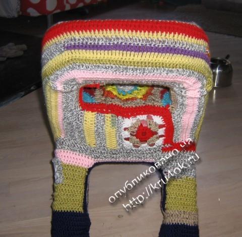 Вязаный чехол для детского стула
