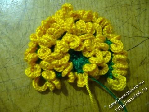 вязаный цветок одуванчик
