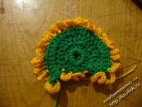 вязаный крючком цветок одуванчик
