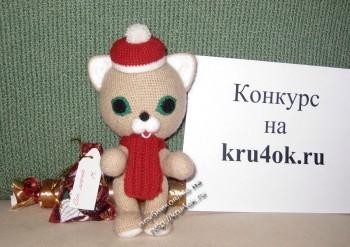 вязаная крючком игрушка котик