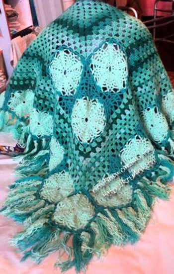 Ажурная шаль Зелёный луг