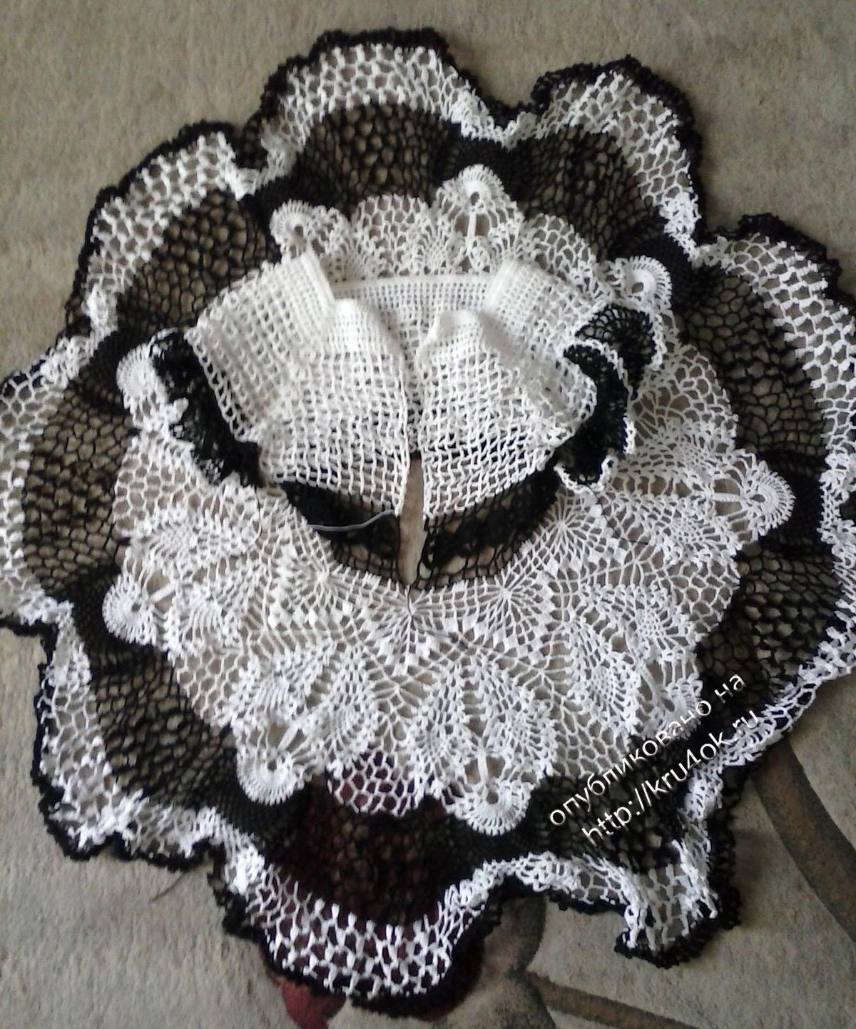схема вязаного крючком ажурного крестильного платьица