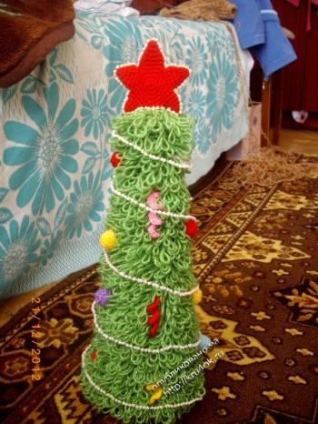 фото вязаной крючком елки