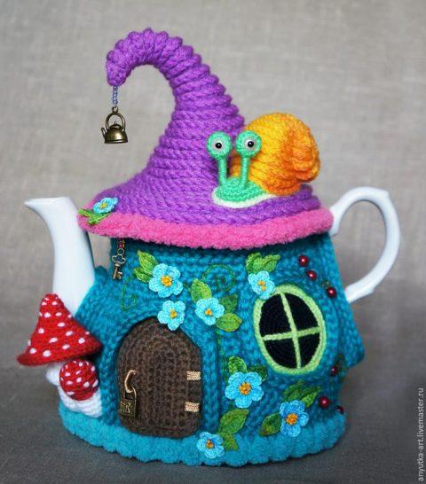 """Грелка на чайник """"Сказочный домик"""", вязание для уютного дома"""