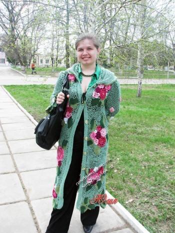 фото вязаного крючком пальто