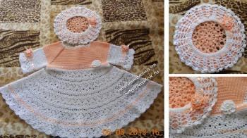 фото вязаного платья и берета