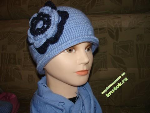 Вязаные шапочки - работы Татьяны