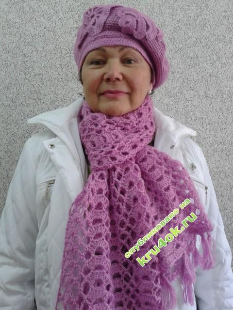 Шапочка и шарфик - работа Анны