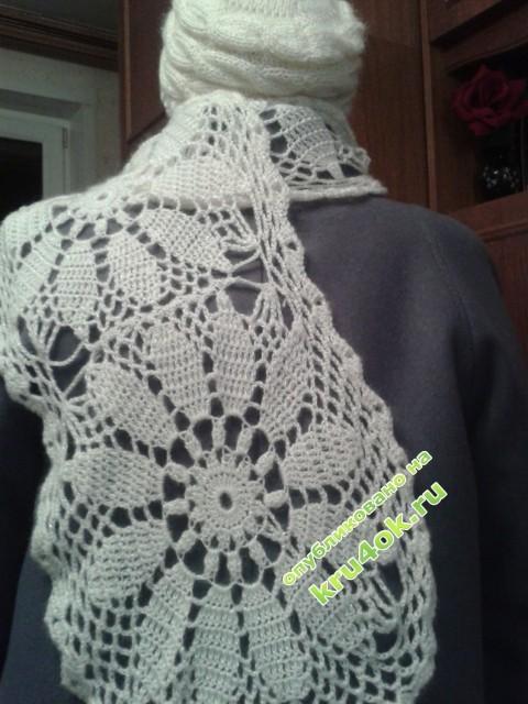 фото вязаного крюком шарфа