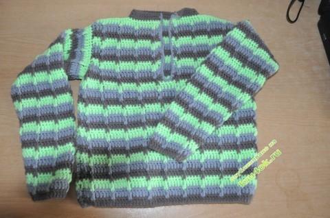 Вязаный крючком свитер фото