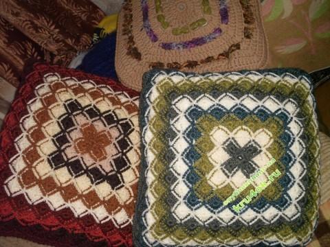 фото вязаной крючком подушки