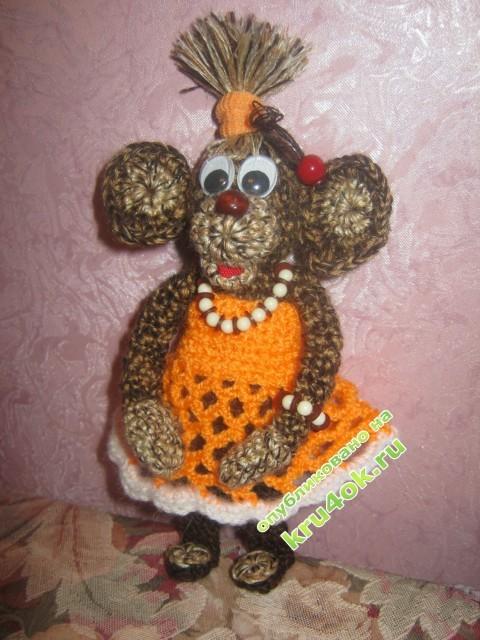 Вязаная крючком обезьянка фото