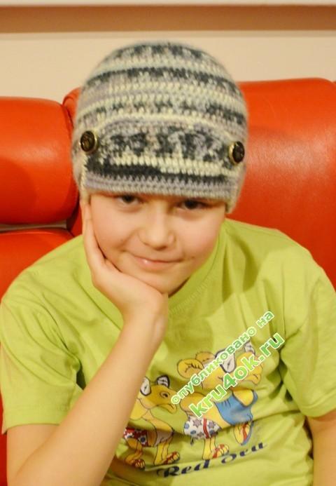 Вязаная крючком шапка для мальчика фото