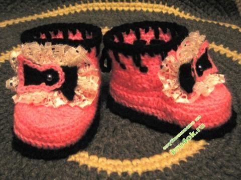 Вязанве крючком пинетки фото
