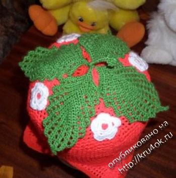 вязаное крючком детское платье и шапочка фото