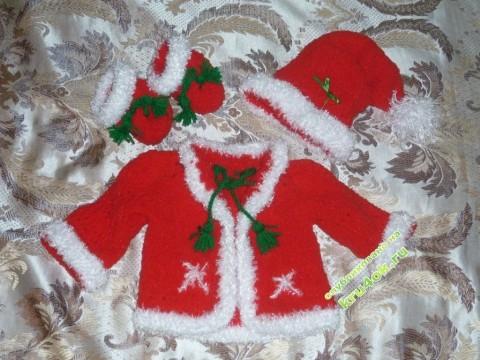 Новогодний костюм для малыша связанный крючком