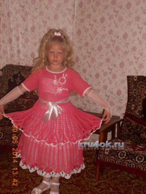 Вязаное крючком платье для девочки - работа Натальи