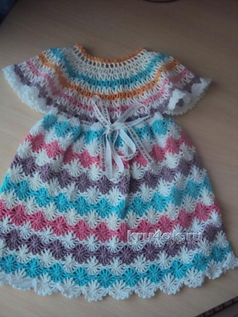 Детское платье крючком - работа Надежды
