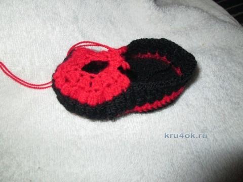 Пинеточки крючком для маленькой Кармен - МК от Ксении