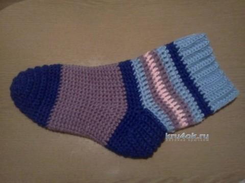 Вязаные крючком носки - работа Леры
