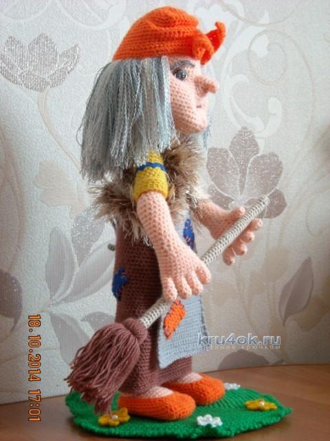 Вязаные куклы - работы Надежды