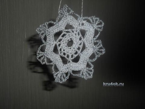 Вязаные елочные украшения - работы Ирины