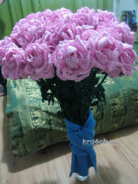 Розы крючком - работа Валентины