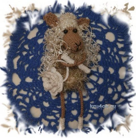 Вязаная игрушка овечка - работа Елены