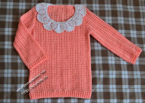 вязаный крючком свитер