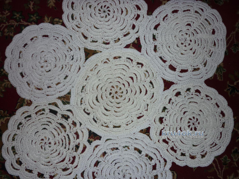 Салфетки — ковры крючком из полиэфирного шнура