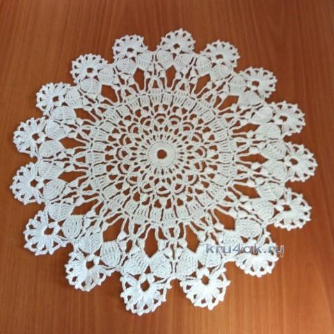 Вязаная крючком салфетка - работа Надежды Борисовой вязание и схемы вязания