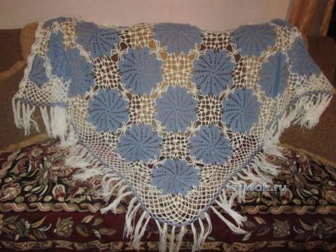 Вязаная крючком шаль - работа Людмилы вязание и схемы вязания